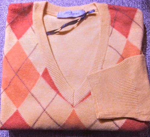 Argyle V-Neck Sweater in Yellow/Orange