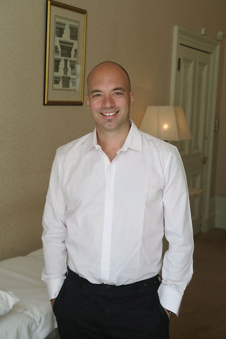 Dr Bruno Amendola who is an expert in Botox Injections and Dermal Fillers in London