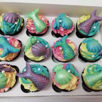 Luxury mermaid cupcakes