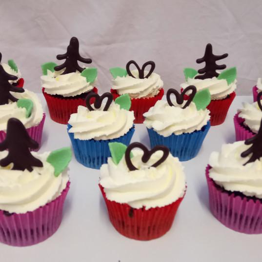 Black forest gateaux cupcakes