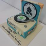 3D retro record player cake