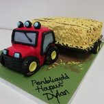 3D Tractor & trailer cake