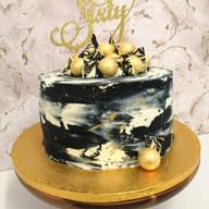 Black, white & gold buttercream cake