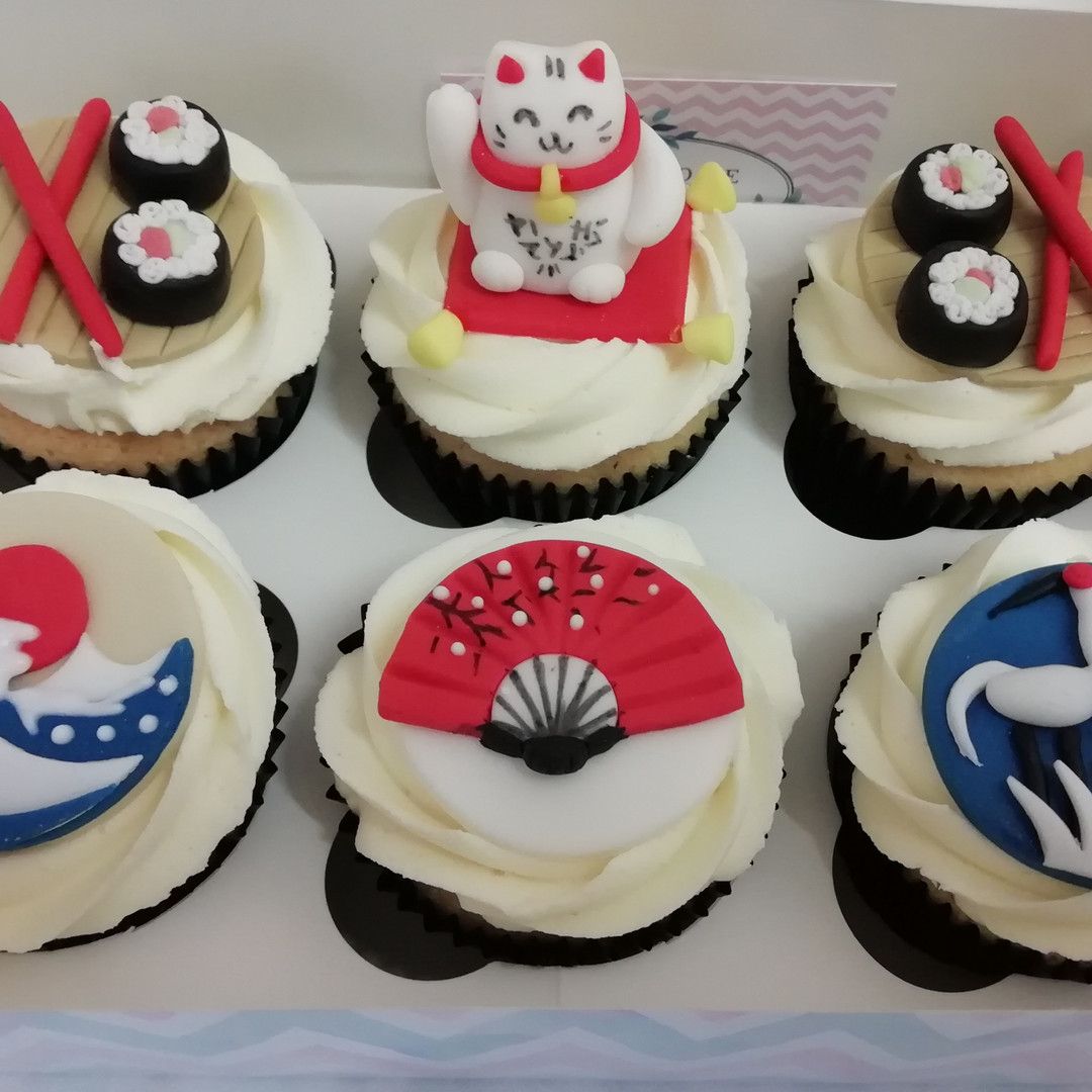 Luxury Japanese cupcakes