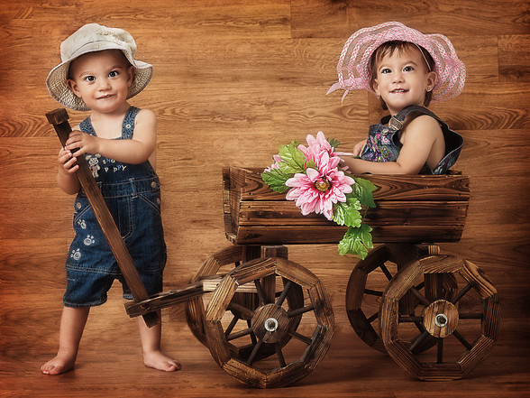 Photo shoot of twins