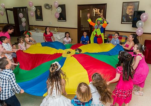 Kids party clown