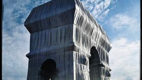 L'Arc de Triomphe empaqueté par Christo et Jeanne Claude