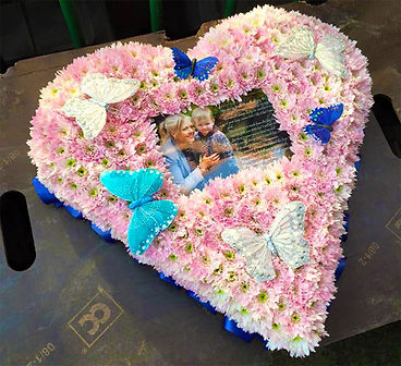 Heart wreath with embedded photograph