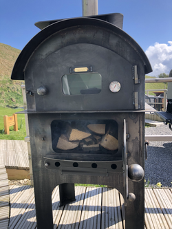 Amazing Wood-Fired Pizza Oven