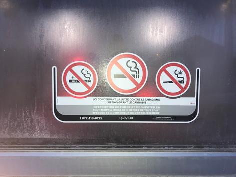 Autocollant de vinyle blanc contre la fumée du tabac cannabis et vapoteuse