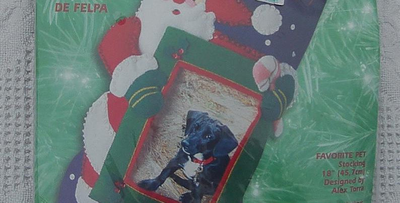 New Vintage Bucilla Favorite Pet Christmas Stocking Kit #84427 - Circa 2001