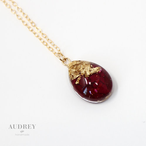Red Rose Dainty Gold Necklace