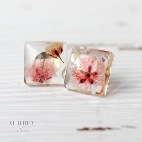 Pink Pressed Flower Clear Square Earrings Baby's Breath