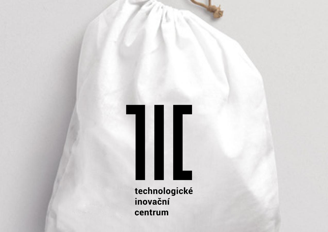tic2.jpg