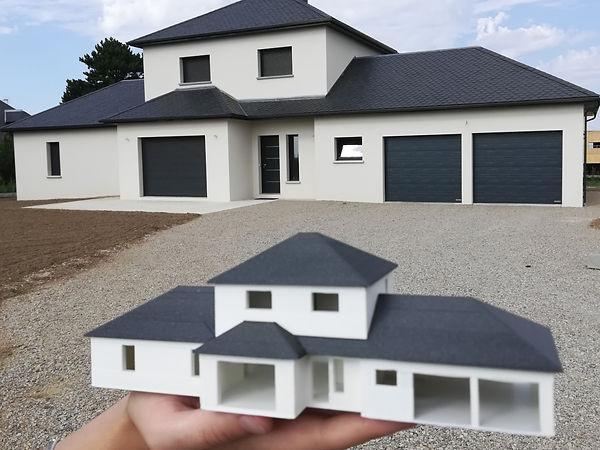 maison avec maquette.jpg