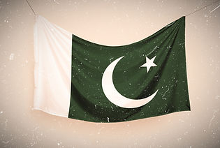Pakistani%20flag%20hanging%20on%20a%20ro