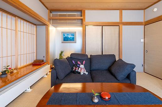 Takaki-Home-16.jpg