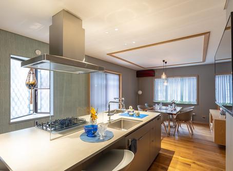 「中古戸建てを建築家とともにリフォーム。グレーが基調の洗練された室内」西東京市Gさま邸・施主様インタビューを公開!