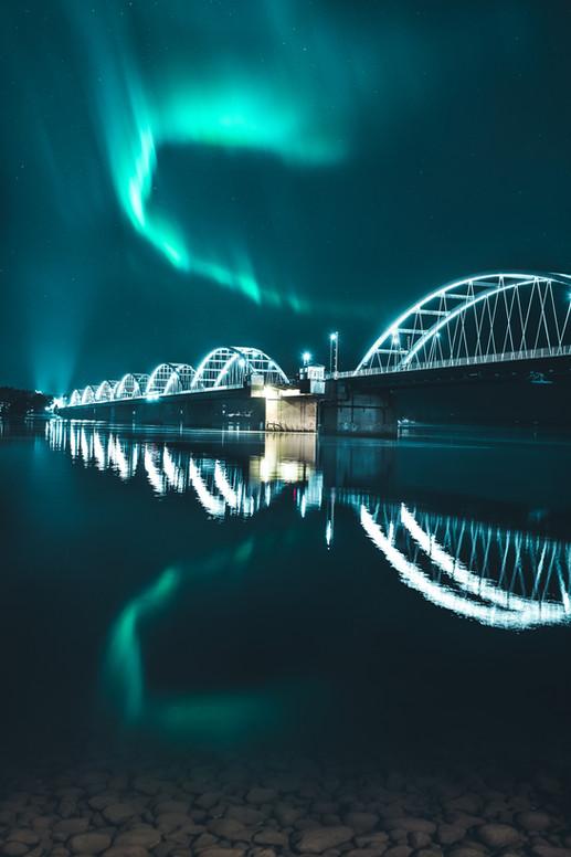 13. Norrsken över Bergnäsbron