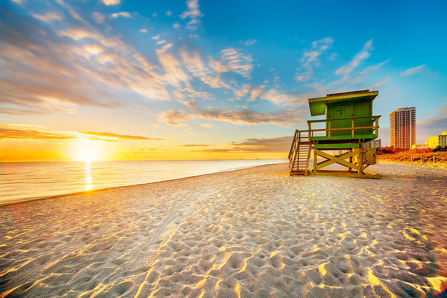 Miami-South-Beach-sunrise-495352715_2121