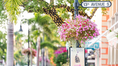 If you love to shop, Florida has some of the best places to shop in the world. Whether you're looking for something trendy, chic or fabulously antique, Florida has it all. Stroll along architecturally glamorous streets brimmed with ultra-luxury storefronts, spend a day gallivanting through one of the destination malls or explore the beachside for some funky-fresh finds.