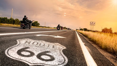 Get your kicks on Route 66! See Texas at its finest with a road trip along Route 66. Spanning 2,448 miles from Chicago to Los Angeles and crossing eight states, the legendary Route 66 will take you back in time to quintessential America. Admire iconic buildings, take in the spectacular scenery, and experience the amazing diversity of people and landscapes that line its path.