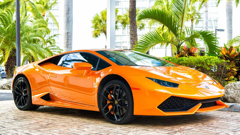 Follow in the footsteps of the rich and famous and get behind the wheel of a Lamborghini, Ferrari, Porsche, or Maserati. Cruise the city streets and beach promenade and enjoy a millionaire's lifestyle for the day. Alternatively head to the Miami Speedway and put some of the world's fastest cars through their paces for the ultimate driving experience.