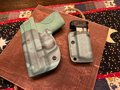 Tiffany Blue Supercam holster for S&W M&P Shield with magazine holster