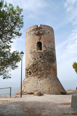 Torre vigía en la costa de la Contraviesa