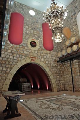 Instalaciones bajo la Torre