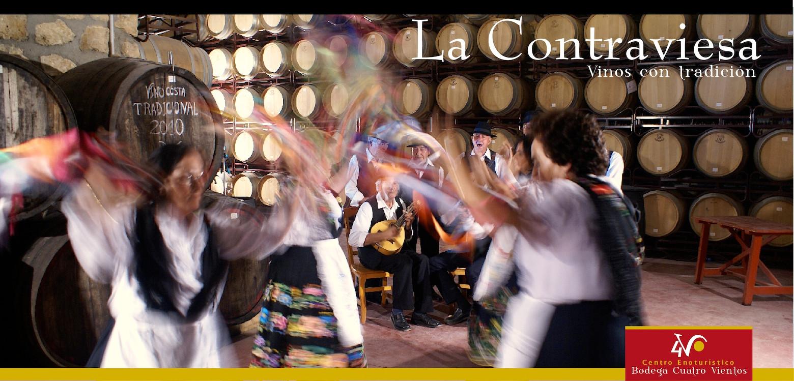 Los trovos, acompañados a veces con bailes, es una música tradicional que solo encontrarás en la Contraviesa y Alpujarra