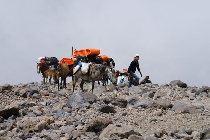 Zum camp 2 (Ararat 4200m)