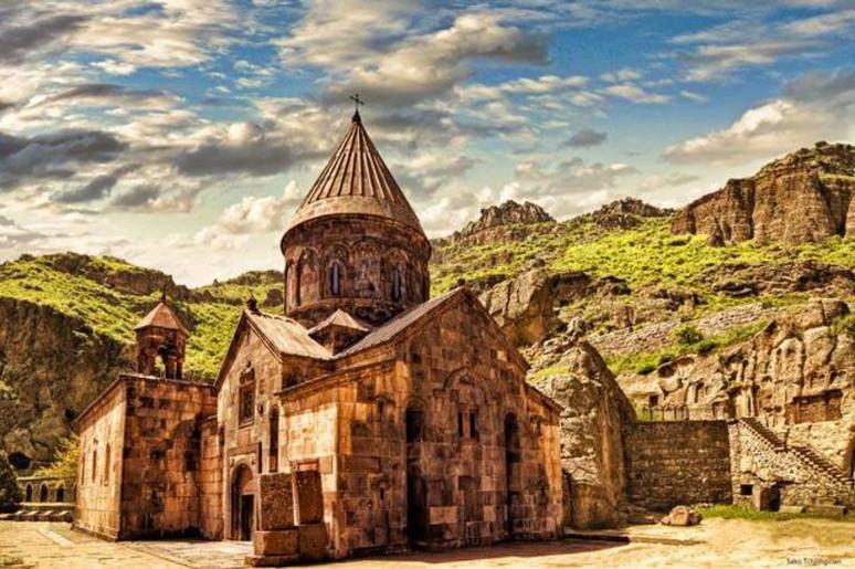 Kloster Geghard  armenien.jpg