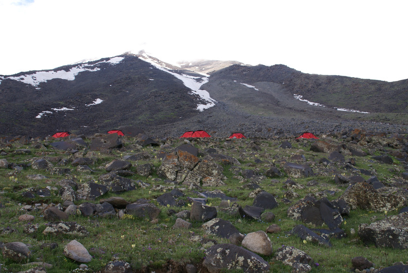 Ararat camp 1 (3200m)