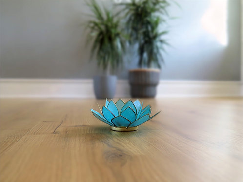 Lotus t-light holder blue