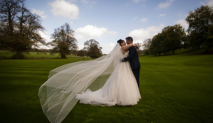 Wedding photography by flaming gorgeous photography, West Sussex