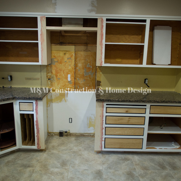 Kitchen refacing-progress