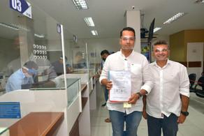 Vitor Valim registra Programa de Governo em cartório
