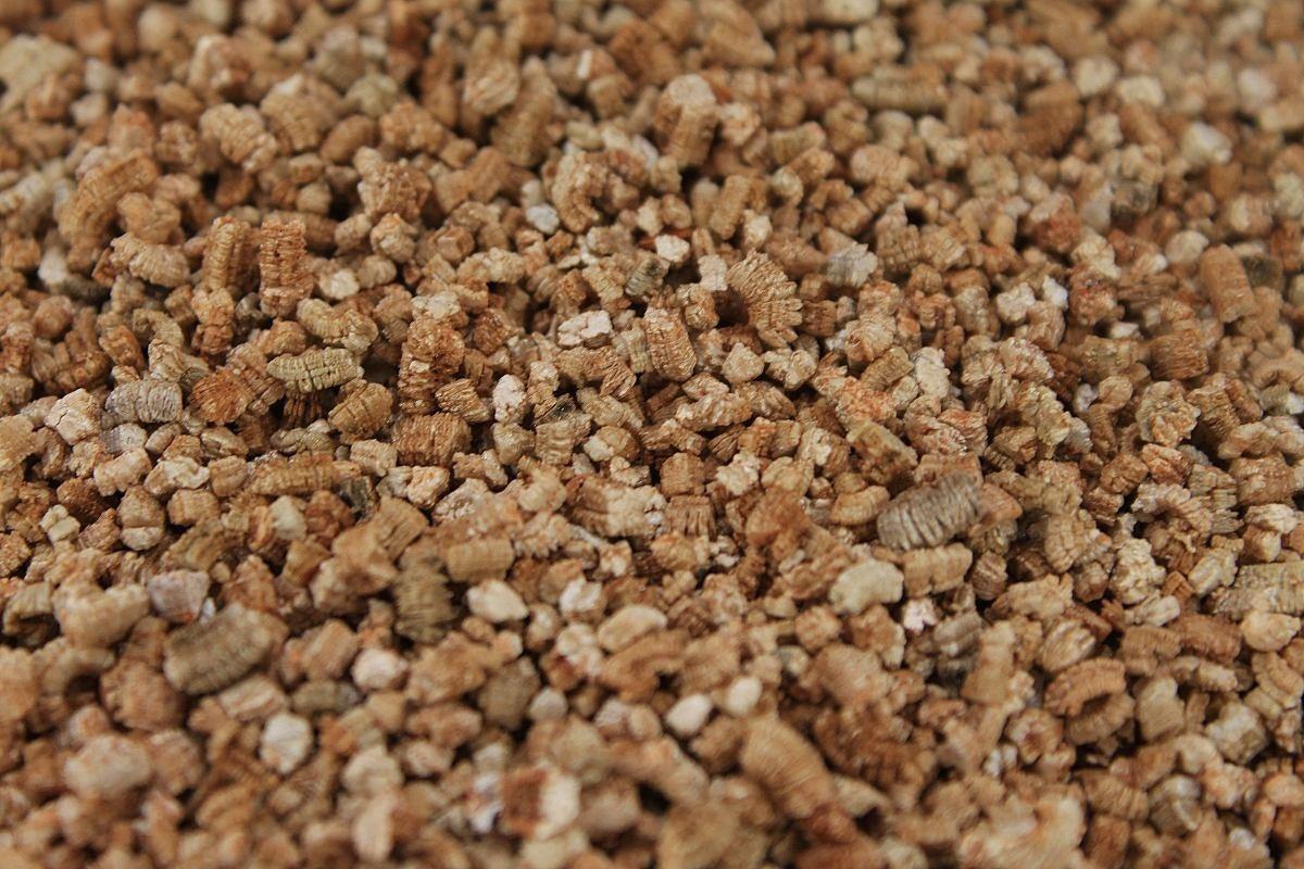 vermiculita-perlita-fibra-de-coco-humus-