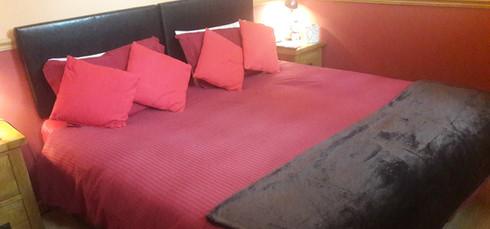 Linnhe bedroom 2.jpg