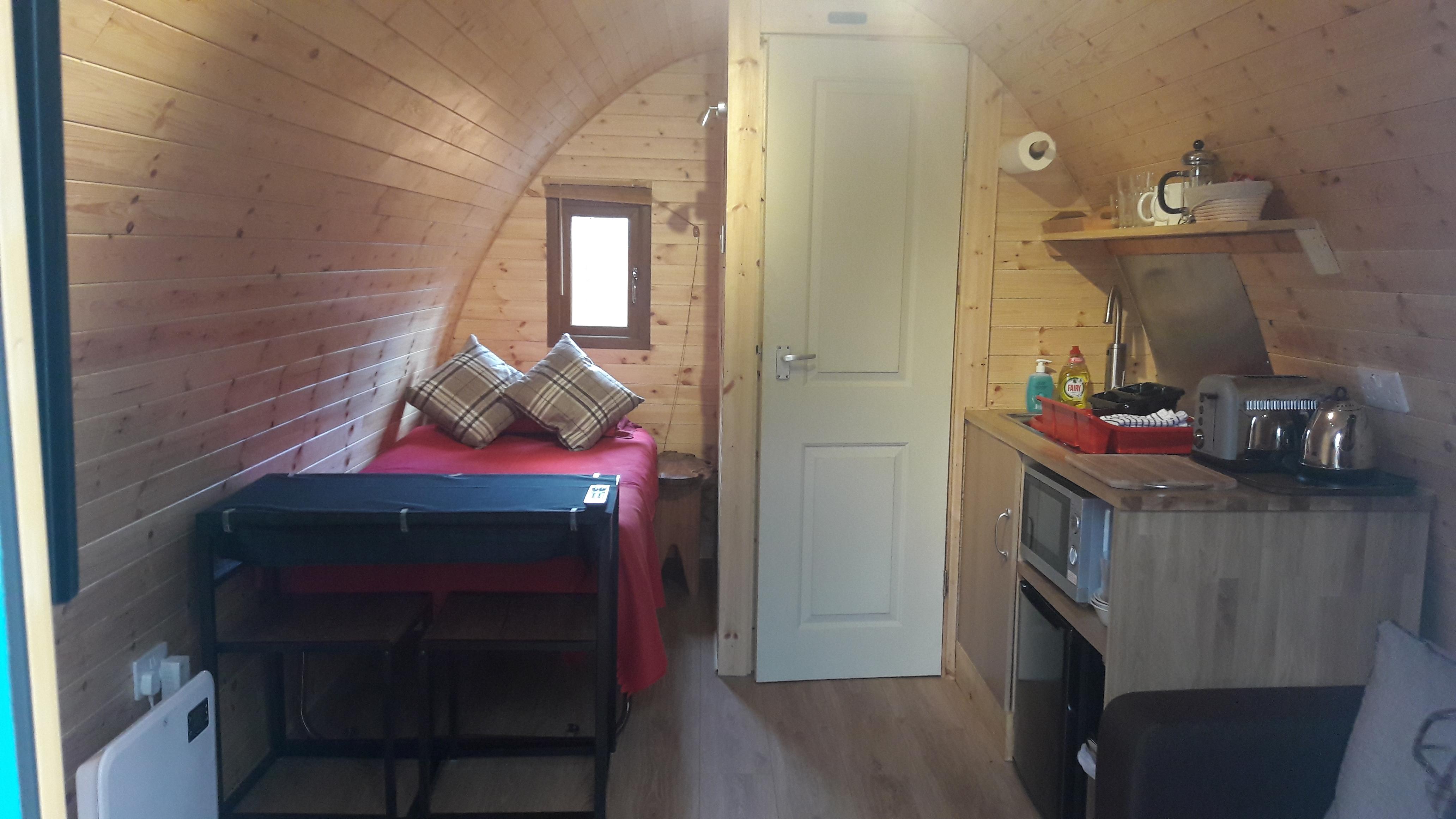 Nevis Pod interior rear