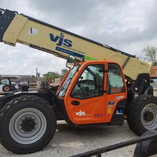 VJS Construction Lift