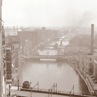Milwaukee River on Wisconsin Ave.