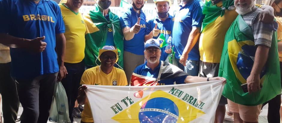 Associação dos Cabos e Soldados (ACS) marca presença na Avenida Paulista durante 7 de setembro