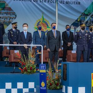 Presidente da República prestigia formatura do Curso de Aperfeiçoamento de Oficial da PMDF