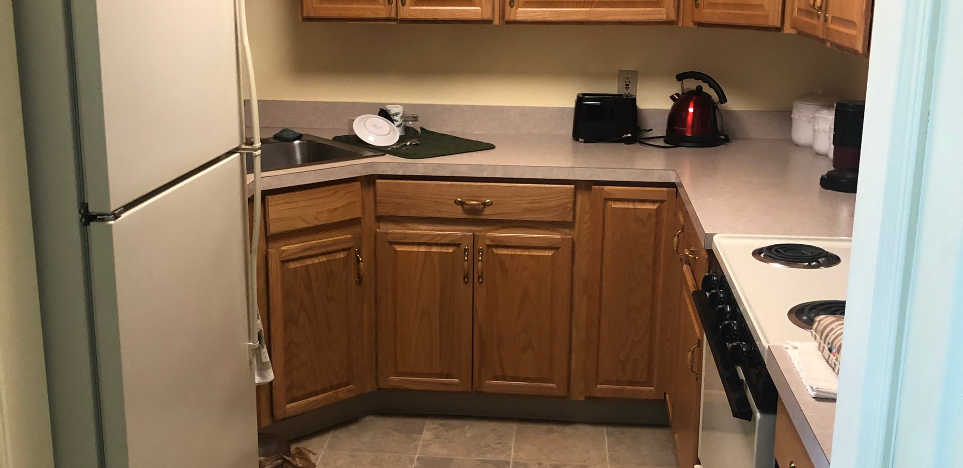 Kitchen 2 bedroom apartment.jpg