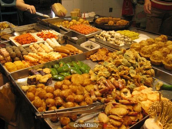 This is how street food look like in Hong Kong