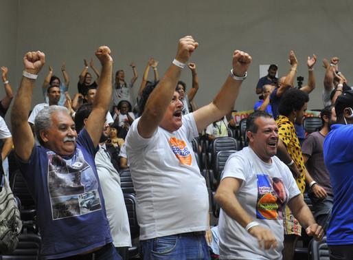 Câmara de Porto Alegre rejeita projeto de retirada dos cobradores
