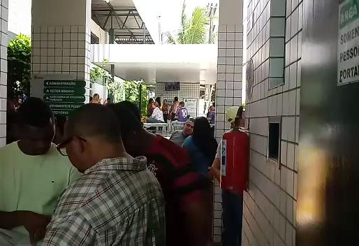 Caxangá desrespeita acordo e aglomera rodoviários em meio à pandemia