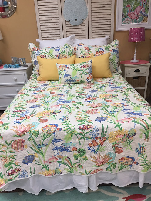 White Fish Quilt Set